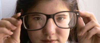 How to choose the best myopia glasses for you